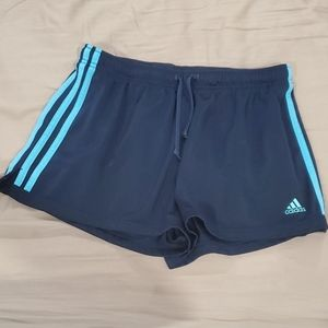 🌻2 For $35🌻 Adidas shorts - size L